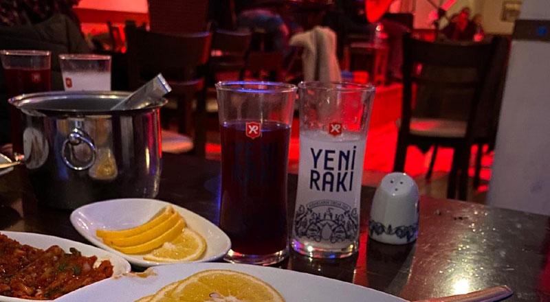 İzmir Grand Ezgi Türkü Restaurant