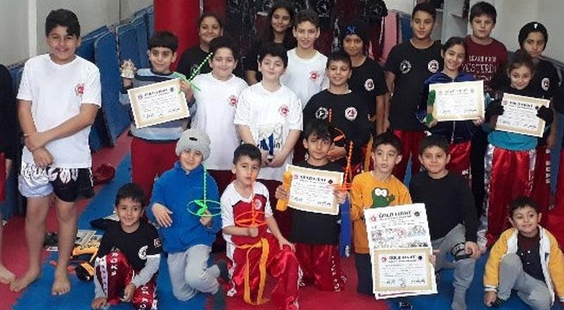 İzmir İzmir Gold Fight Gençlik ve Spor Kulübü