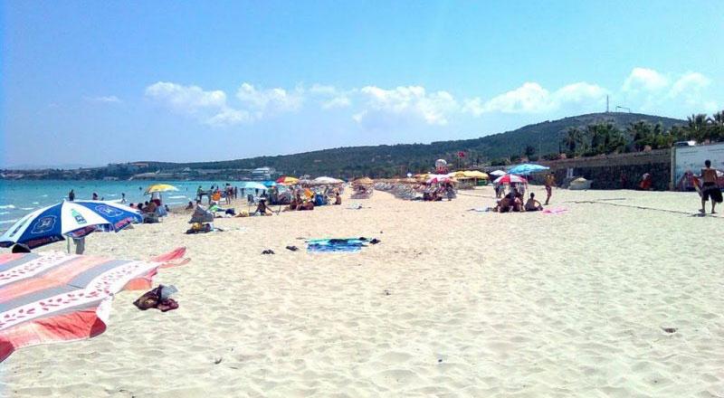 İzmir Ilıca Plajı kamp alanı