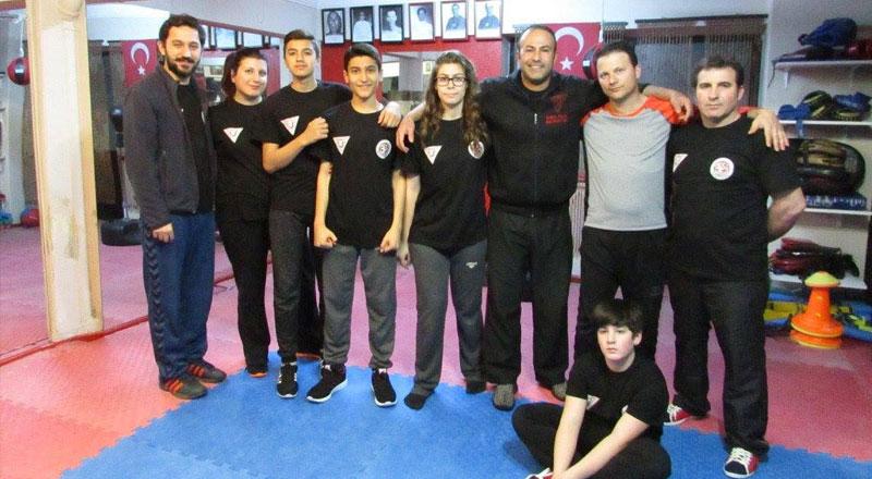 İzmir İzmir Yakın Dövüş Sanatları Eğitim Merkezi