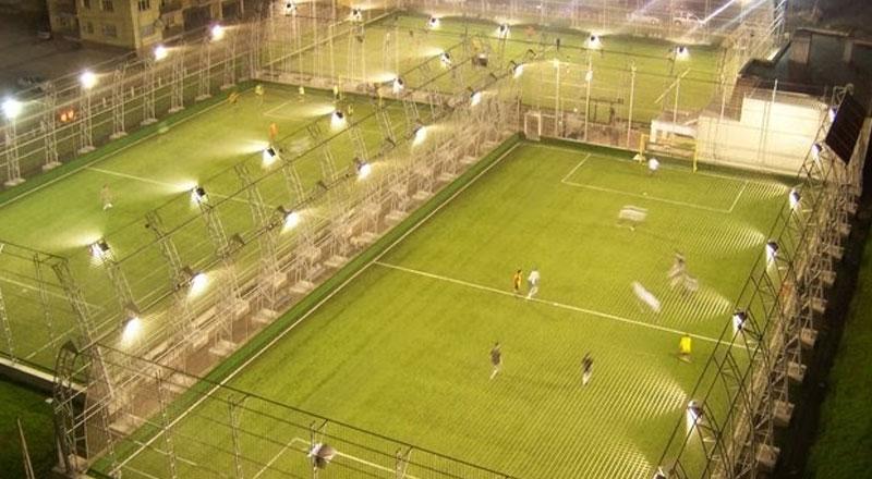 İzmir Şahlanlar Sportland Halı Sahası