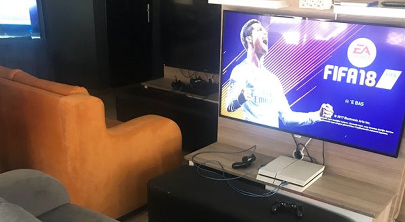 Arena Playstation