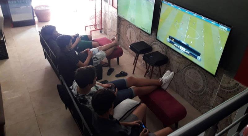 Astalawista Playstation Cafe