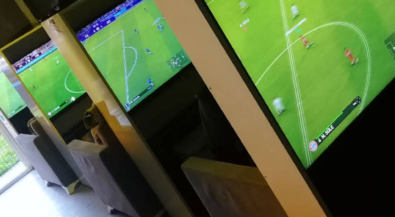 Game Store Playstation Cafe